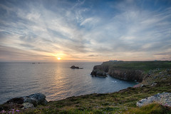 Cornwall - May bank hol_108.jpg (r_lizzimore) Tags: seascape landsend cornwall uk sea