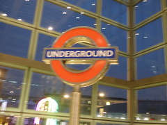 London St Pancras International Station - Kings Cross St Pancras Underground Station - sign (ell brown) Tags: eustonrd camden london greaterlondon england unitedkingdom greatbritain stpancras stpancrasstation stpancrasinternational londonstpancrasstation londonstpancrasinternationalstation eurostar kingscross midlandrd gradeilisted gradeilistedbuilding stpancrasstationandformermidlandgrandhotelcamden formermidlandgrandhotel railwayterminusandhotel trainshedterminusfacilitiesandoffices midlandgrandhotel georgegilbertscott williamhenrybarlow deepredgripperspatentnottinghambrickswithancasterstonedressings shaftsofgreyandredpeterheadgranite slatedroofs gothicrevivalbuilding terminusofthemidlandrailway euston kingscrossstpancras kingscrossstpancrasundergroundstation nightshots underground
