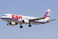 OK-MEI (Escursso) Tags: barcelona plane canon airplane airport wings czech bcn airbus airlines aeroport spotting avion a320 csa avio a320214 lebl okmei