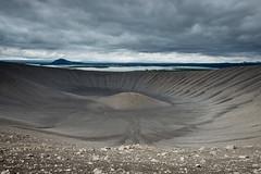 Bienvenue sur la lune (Tonton Dave) Tags: landscape volcano iceland paysage myvatn islande volcan cratre hverfell