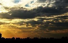 tons de AZUL... (Ruby Augusto) Tags: sunset pôrdosol nuvensclouds brasilemimagens edifíciosbuildings
