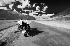 LADAKH (ydntn_ydntn) Tags: road blackandwhite bw india mountain black beautiful trekking trek landscapes getaway mountainbike adventure biking zanskar leh ladakh southindia pangong ydntnphotography