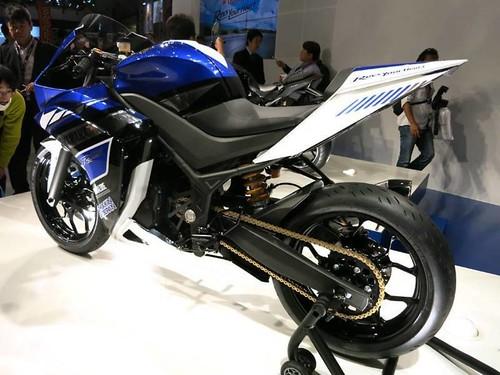 Yamaha Yzf R25 Specification Yamaha Yzf R25 16