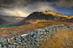 (John Ormerod) Tags: uk light shadow england cloud sun mountain wet rain weather stone wall landscape photography day view wind cloudy hill lakedistrict scene valley cumbria fell langdales langdalepikes johnormerod vision:mountain=0718 vision:sky=0925 vision:clouds=0801 vision:outdoor=0902