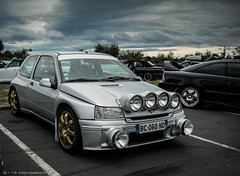 clio maxi (D - 15 photography) Tags: france classic car silver d rally clio renault cap kit tuning maxi agde