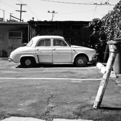 White car (ADMurr) Tags: film rollei la renault eastside dauphine
