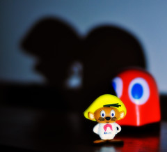 Behind You, Speedy! - 020/365 - 20th January 2014 (Long Road Photography (formerly Aff)) Tags: shadow you character pacman usb stalker stick behind gonzalez speedy day20 3652014 365the2014edition 20012014