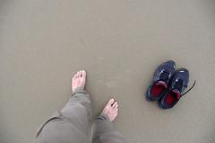 my feet on coromandel beach 1 (Bilderschreiber) Tags: newzealand feet beach me nature strand sand natur northisland ich coromandel neuseeland fse
