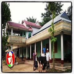 House of Samrat's (samratShahjan™) Tags: house farmhouse square lofi squareformat dhaka bengal sylhet bangladesh bengali samrats jagannathpur iphoneography instagramapp balisree ranigonjbazar houseofsamrats samratshahjan londonimansion