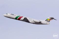 CS-TPC (Escursso) Tags: barcelona airplane airport wings spain bcn catalunya 100 aeroport spotting avion avions fokker llobregat avio elprat portugalia lebl cstpc