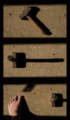 (Hélder Santana) Tags: claro light shadow brazil sun sunlight black art luz sol lines yellow linhas hammer brasil sepia contrast dark rustico photography foot 50mm prime design daylight photo nikon day foto shadows arte natural image rustic naturallight ground sombra dia preto line clear amarelo contraste santana chão portfolio fotografia f18 chao pe 50mmf18d scar chiaroscuro pé martelo sombras escuro imagem sledgehammer linha 50mmf18 cicatriz maiakovski nikkor50mmf18d nikon50mmf18d luznatural escuto marreta d7k maiakóvski d7000 vladimirmaiakóvski heldersantana nikond7000 héldersantana