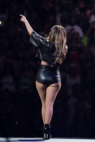 ass tight Jennifer lopez
