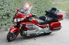 Honda Goldwing (Micleg44) Tags: honda machine moto motorcycle goldwing vehicule