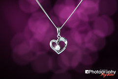 Silver necklace on purple bokeh background (GammyKnee) Tags: silver bokeh jewellery sterling product