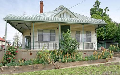 25 Dalley Street, Junee NSW 2663