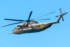Petrel (Cataphract) Tags: 044 118squadron aircraft ch53 helicopter independenceday israeliairforce sikorsky yasur