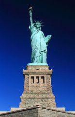"""Liberty Enlightening the World"" (Alberto Quiones) Tags: nyc newyork newyorkcity newjersey usa unitedstatesofamerica libertystatue estatuadelalibertad libertyisland"
