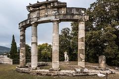 Villa Adriana (SDB79) Tags: storia rovine villa adriana colonne pietra marmo roma romano tivoli lazio turismo visit cultura arte