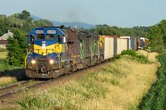 MMA 1 @ Farnham, QC (Mathieu Tremblay) Tags: canada qubec farnham mma montreal maine atlantic railroad railway chemin fer adirondack subdivision train 1 one sony a33 minolta 75300