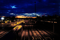 RD14002.  Clapham Junction. (Ron Fisher) Tags: claphamjunction transport train tamron tamron18200mm tamronaf18200mmf3563xrdiiildasphericalif pentax pentaxk3 publictransport rail railway railroad eisenbahn cheminderfer dark nightshots night nacht afterdark pentaxpentax k3tamrontamron 18200mmtamron af 18200mm f3563 xr di ii ld aspherical if
