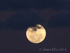 Super close up of Supermoon (James Dun) Tags: supermoon moon brisbane australia queensland weather astrophotography earth nikond7000 clouds magic hour sunset
