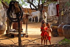 11-10-08 Myanmar (314) Bagan R01 (Nikobo3) Tags: asia myanmar birmania burma bagan culturas color rural retratos portraits people gentes travel viajes nikon nikond200 d200 nikon7020028vrii nikobo josgarcacobo flickrtravelaward ngc wonderfulworld natgeofacesoftheworld social