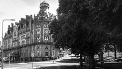 The Duke of Cornwall Hotel (Werner Thorenz) Tags: plymouth england vereinigteskönigreich gb thedukeofcornwallhotel cornwall uk thorenz samsung galaxys2 wernerthorenz handy smartphone blackandwhite schwarzweiss