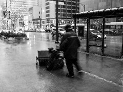 Street walk session December 4-2016 pic39 (Artemortifica) Tags: cta canon chicago december jackson michiganave powershot sd750 statest street alley bikes buses city cold compact snow subway trains umbrella underground urban weather il usa