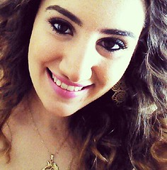 Lola Amurov (lolaamurov) Tags: travel horse minasgerais girl beautiful fashion brasil happy photo model farm lola nails glam feliz cowgirl cavalo heloisa amurov flickrandroidapp:filter=none lolaamurov predomo