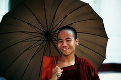 A Wonderful Monk In Yangon (El-Branden Brazil) Tags: southeastasia yangon burma buddhism myanmar meditation burmese pagan bagan rangoon nyaungoo myanmarese onephotoweeklycontest