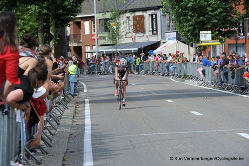 Minderhout (388)