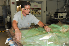 Armys manufacturing improvements yield lighter body armor (RDECOM) Tags: arl bodyarmor mantech rdecom armyresearchlaboratory usarmyphotobyconradjohnson usarmyresearchdevelopmentandengineeringcommand drshawnwalsh manufacturingtechnologyprogram