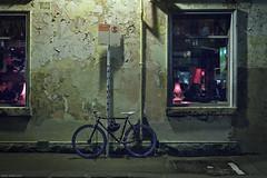 Racing Colours (Ranga 1) Tags: nightphotography windows bike night canon streetlight nocturnal fitzroy australian australia melbourne streetscene victoria suburbs nightexposure brunswickstreet davidyoung rosestreet lowlightphotography innersuburbs innermelbourne ef24105mmf4lusm canoneos5dmarkii