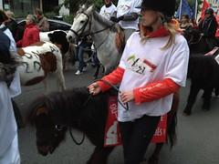 Cavaliers en colère contre l'augmentation de la TVA (Novopress) Tags: paris france novembre 11 taxes bercy tva manifestation chevaux cavaliers centreséquestres