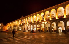 Portales de Arequipa (5823) (Marcos GP) Tags: plaza peru armas portales nocturna arequipa peruvian arcos marcosgp