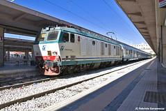 E633-097 con Treno Verde (Fabry_C) Tags: verde palermo stazione treno tigre fs legambiente centrale trenitalia 2014 097 e633
