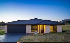 19 Koma Circuit, Bega NSW