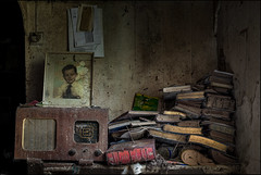 Abandoned farm (ducatidave60) Tags: fuji fujifilm fujixt1 fujinonxf23mmf14 abandoned decay dereliction