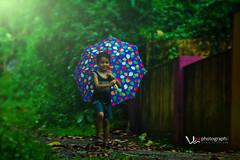 vaibhav vishnu (Vishnu T Suresh) Tags: vaibhav vishnu vaibhavvishnu kid boy son sun kerala student rain rainy day mansoon baby child childhood