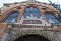 20160916 Budapest, Hungary 03159 (R H Kamen) Tags: 19thcentury budapest easterneurope hungary internationallandmark architecture buildingexterior builtstructure facade foodmarket glassmaterial gothicstyle lowangleview market markethall neogothic rhkamen sign westernscript