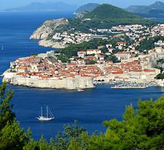 Dubrovnik, Croatia (Carl Neufelder) Tags: dubrovnikcroatia wall sailboat adriatic oldcity europe croatia dubrovnik seaside explore explored