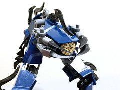 Tactically Gracile Drone 2 (Ballom Nom Nom) Tags: bionicle lego robot cyclops drone