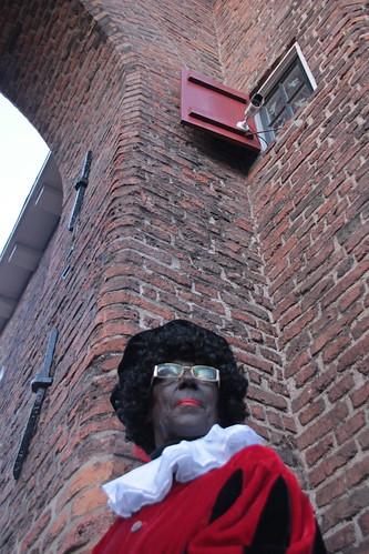 "2016-12-03 Sinterklaasstad-VraagAnthea (19) <a style=""margin-left:10px; font-size:0.8em;"" href=""http://www.flickr.com/photos/44627450@N04/31070300780/"" target=""_blank"">@flickr</a>"