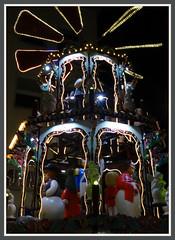 Weihnachtsmakt in Dsseldorf (Horst Erkrath) Tags: erkrath horstbostelmann weihnachtsmarkt dsseldorf altstadt weihnachten glhwein maronen rathaus handwerk vorweihnachtszeit eierpunsch punsch riesenrad kunsthandwerk
