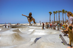 Big pop at Venice Beach (antonin.verley) Tags: cali tdm juillet2016 los angeles usa venice beach skate skateboard ride skatepark