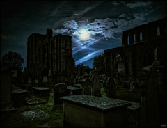 Old graves in the moonlight (Lato-Pictures) Tags: kirche cathedral monnlight moon mond graves grber mystic