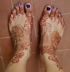 Mendhi_Feet (TehSonz) Tags: travel cruise italy rome europe honeymoon sonal menhdi celebrityreflection