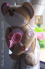 Prendedor de Cortinas (Artes di Viviane Garcia) Tags: bear cortina felt feltro rosas menina cortinas urso prendedor ursinho moldes recortes apostila faavocmesmo quartodemenina pingentedecortina kitfeltro moldefeltro recortedefeltro kitdefeltro recorteparamontar