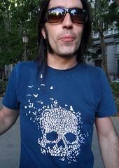 BICI CRÍTICA (Fotos de Camisetas de SANTI OCHOA) Tags: arte calavera