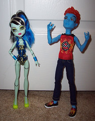 HoltTimes 2 8 (Veni Vidi Dolli) Tags: swim dolls mattel frankiestein monsterhigh holthyde